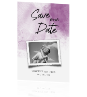 Romantic violet watercolor save our date kaart met foto
